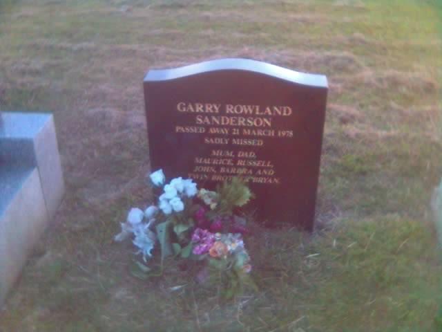 2008-12-27 Garry Rowland Sanderson